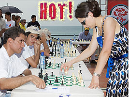 World Chess Champion Alexandra Kosteniuk gave a simul in Panama