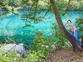 Alexandra visits the Blue Lake in Nalchik