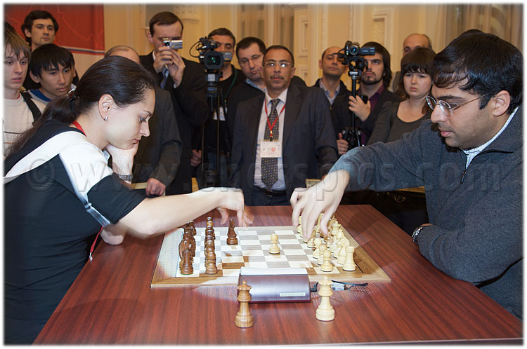 20091117_134Anand-Kosteniuk