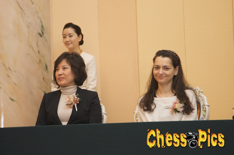 20081205_142HyunIn-SukKosteniuk