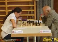 20100710_13Kosteniuk-Korchnoi