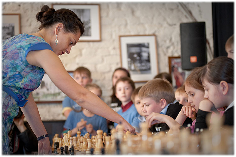 chess-and-fish-stroganoff-276-d