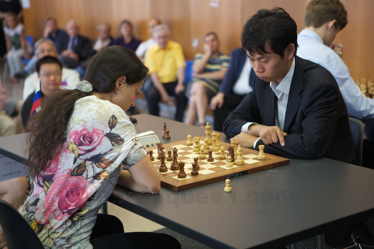 Chess Queen Alexandra Kosteniuk beats super-GM Wan Hao (2739)